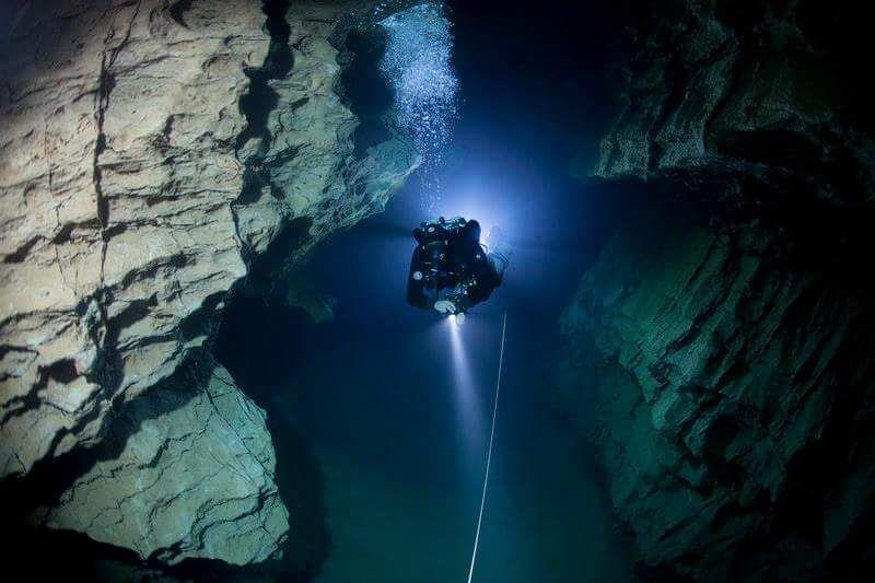 Ronjenje u pećini Molnar Janoš, Budimpešta.