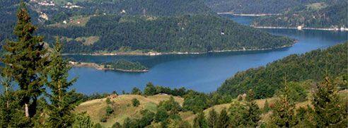Zaovinsko jezero (Tara, Serbia)